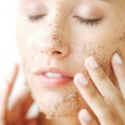 Дополнительное очищение после снятия макияжа: нужно или нет