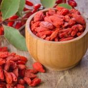 Годжи, асаи и другие ягоды в натуральной косметике