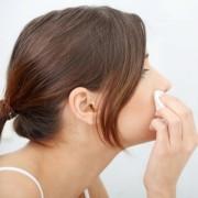 Как снять макияж без вреда для кожи