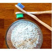Зубной порошок: лучше или хуже обычной зубной пасты?