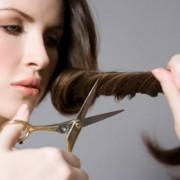 Как привести в порядок ослабленные волосы